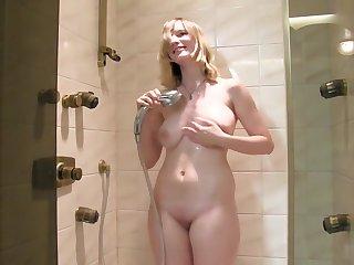 18 Jahre - Zum ersten Mal Nackt!